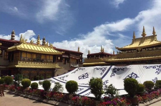 Central Tibet Monastery 6-Day Tour to...