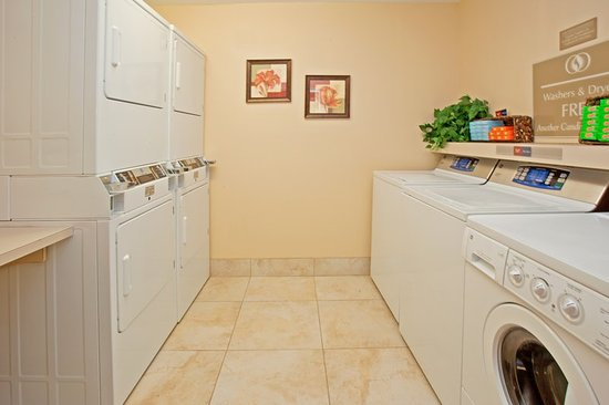 Katy, Τέξας: Our complimentary laundry facility convenience for you!