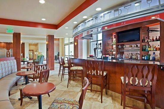 Yakima, Waszyngton: Restaurant Bar