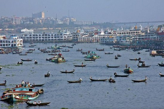 Small-Group Dhaka Tour With