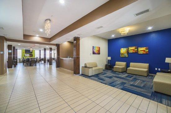 Hazelwood, MO: Hotel Lobby