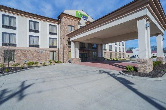 Hazelwood, Missouri: Hotel Exterior