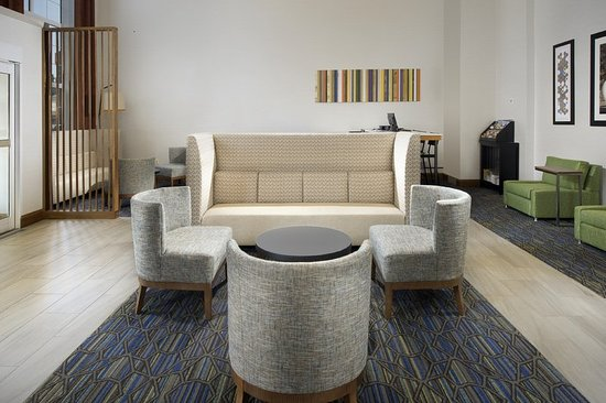 Ruckersville, Wirginia: Relax, work or socialize in our hotel lobby, featuring free Wi-Fi