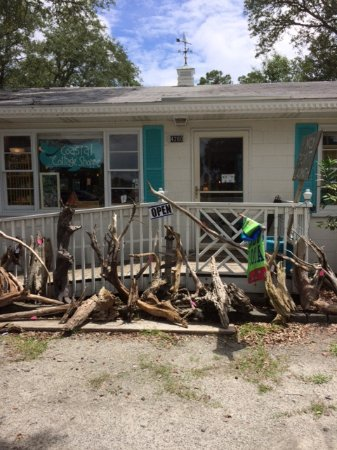 Southport, NC: Excellent Beach Art Shoppe!