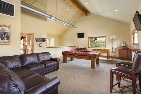 The Lake House at Chelan: Wb WLakehouse Gameroom