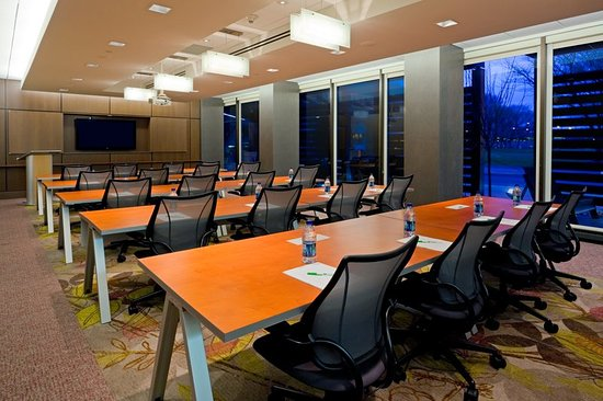 Secaucus, NJ: State of the Art Conference Room