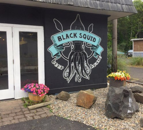 Black Squid Beer House