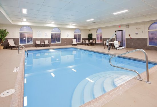 Holiday inn express and suites beatrice bewertungen for Swimming pool preisvergleich