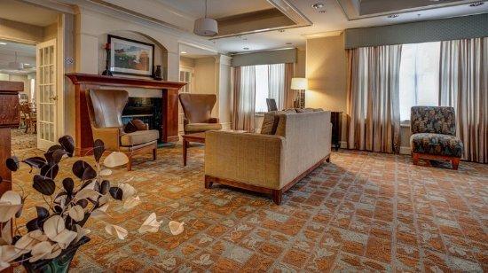 Hadley, MA: Hotel Lobby