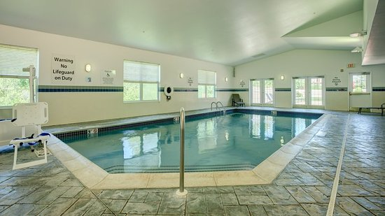 Hadley, MA: Swimming Pool