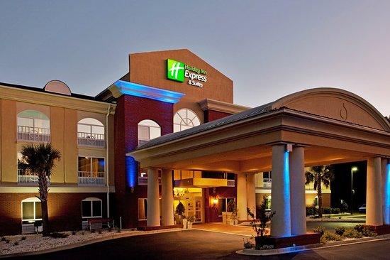Camden, SC: Hotel Exterior