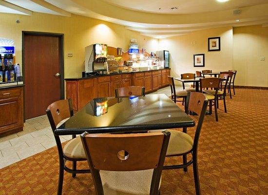 Sweetwater, TX: Breakfast Bar