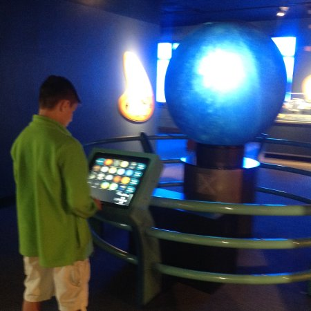 Buffalo Museum of Science: Space