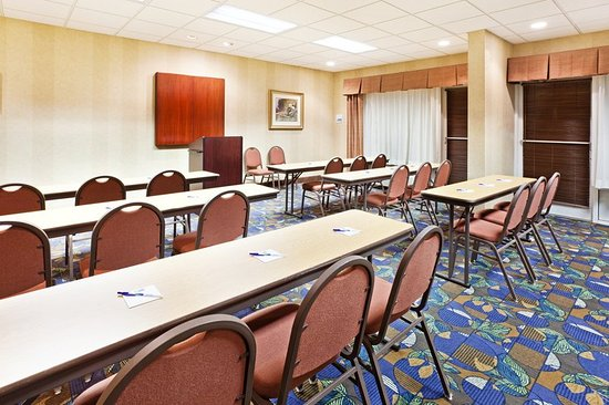 Holiday Inn Express Hotel & Suites Sylva-Western Carolina Area: Meeting Room