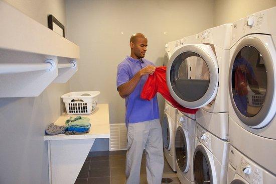 Alpharetta, GA: Guest Laundry