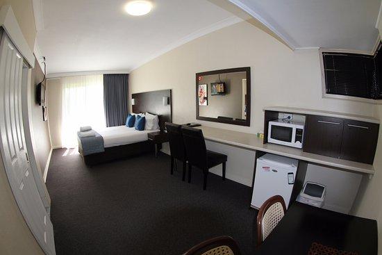 Raymond Terrace, Australia: Family Room 2bd