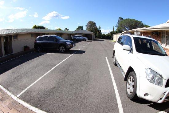 Raymond Terrace, Australia: Parking