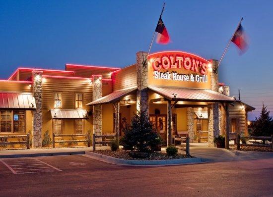 Sedalia, MO: Restaurant Coltons Steakhouse