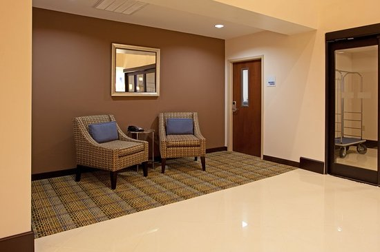 Holiday Inn Express Hope Mills near Special Operations Museum