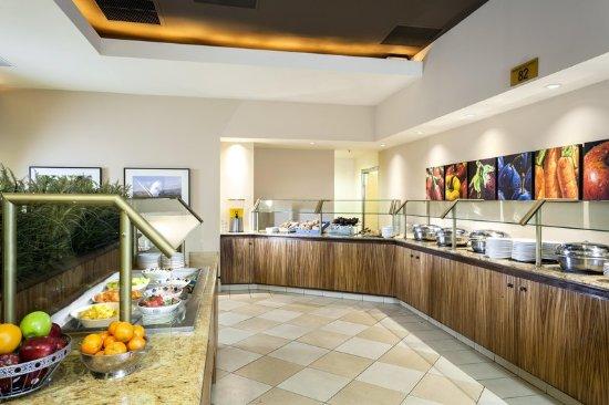 Hilton Stockton: Orchard Grill Restaurant