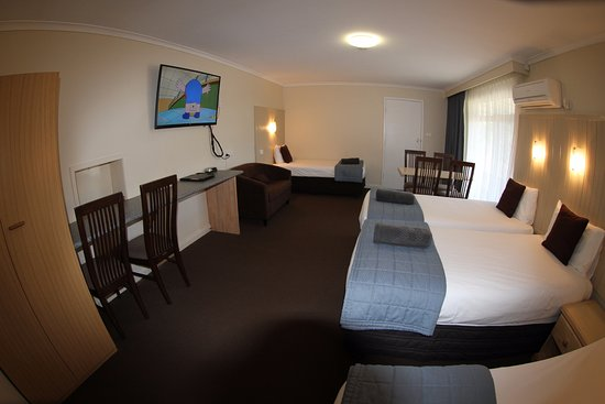 Raymond Terrace, Australia: Family Room 2 bd