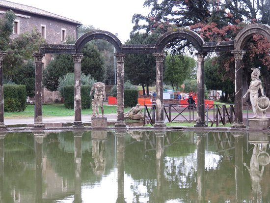 Villa Adriana Photo
