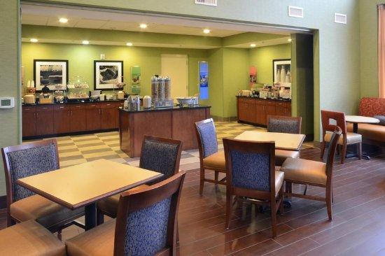 Lynchburg, VA: Breakfast Seating