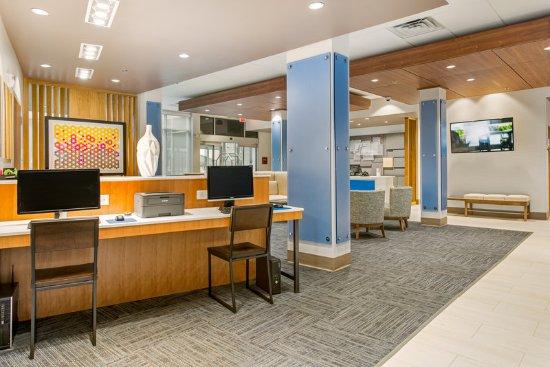 Carrollton, GA: Business Center