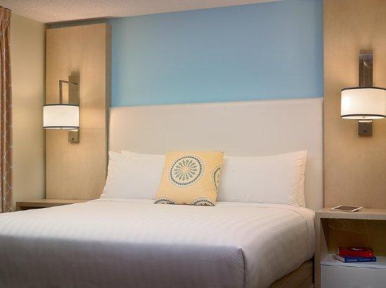 Sonesta ES Suites Schaumburg: Guest Room Sonesta ES Suites
