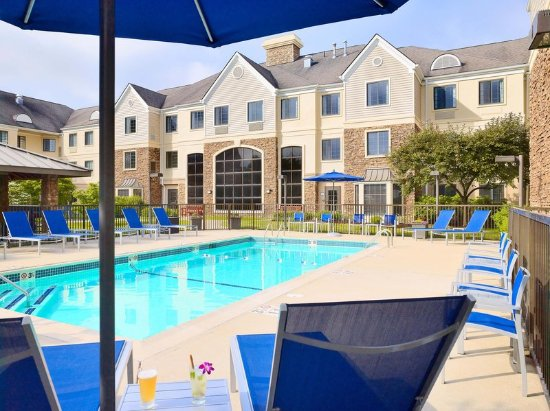 Sonesta ES Suites Auburn Hills: Pool