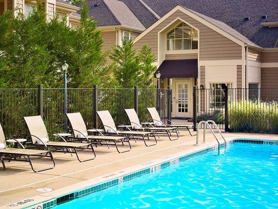 Westlake, OH: Pool
