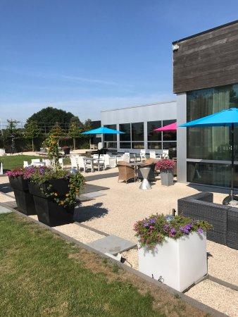 Roeselare, Bélgica: ThermenR..terrace/jacuzzi/beach+pond+kelo sauna