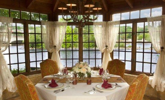 Geneva, IL: Private Dining Gazebo Interior