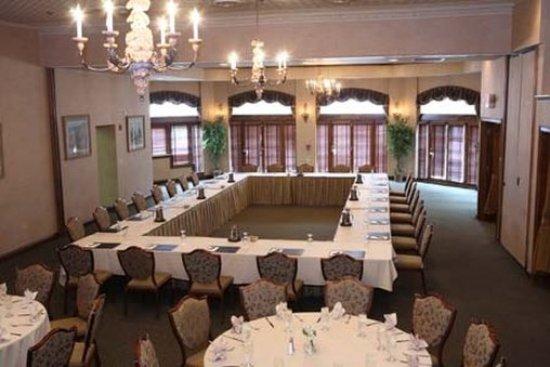Geneva, IL: Banquet River Room