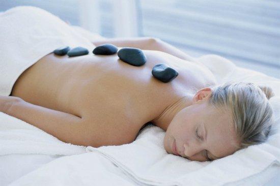 Geneva, IL: Hot Stone Therapy