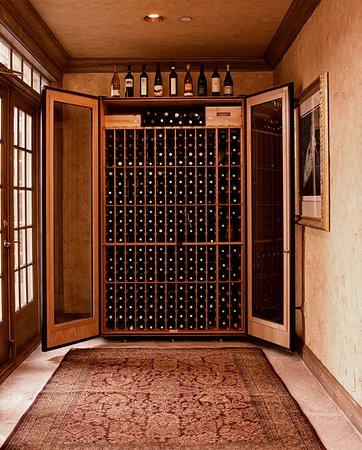 Geneva, IL: Lobby wine locker