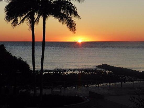 Bargara, Avustralya: Waking up to the morning sunrise.