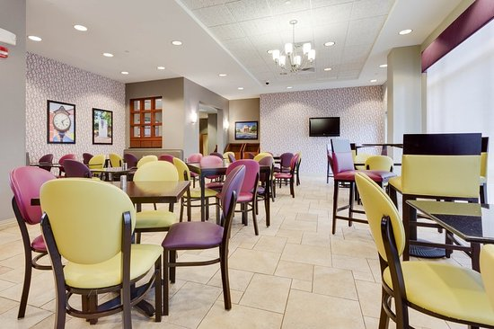 Drury Inn & Suites Middletown Franklin: Dining Area