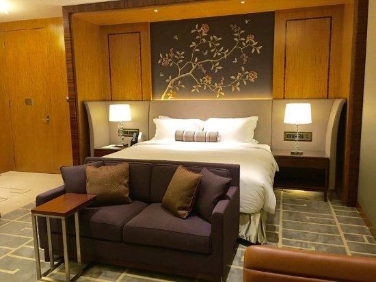 Sky Deluxe Room at The Royal Garden Hong Kong