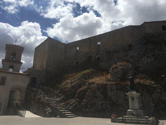 Muro Lucano - Castello