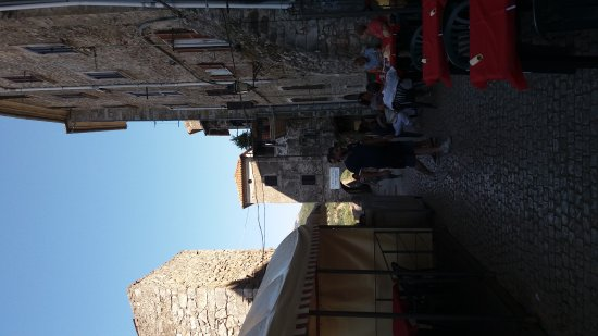 Bassiano, Italy: 20170815_160257_large.jpg