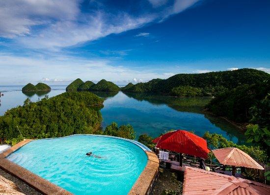 Sipalay Beach Resort With Infinity Pool