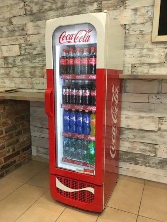 Coca Cola Fridge >> Coca Cola Retro Edition Fridge Picture Of Mojehranolky Myfries