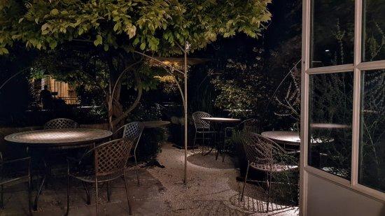 Grignan, France: Jardin