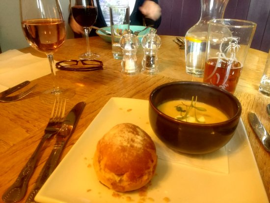 Axminster, UK: starter - delish ginger and parsnip soup