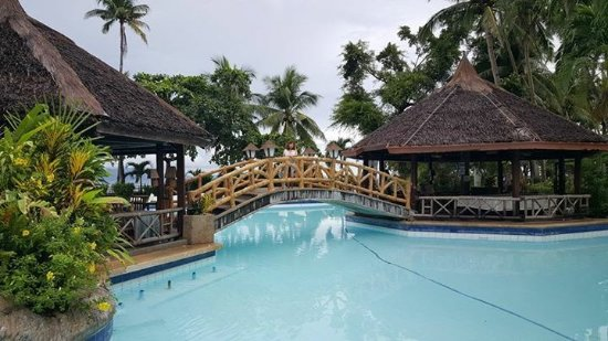 Coco Beach Island Resort Photo