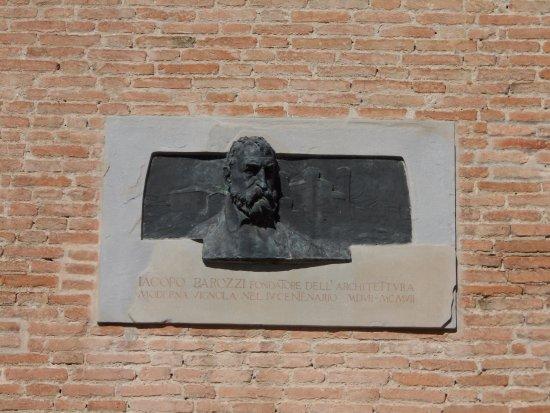 a Jacopo Barozzi, Palazzo Barozzi, Vignola