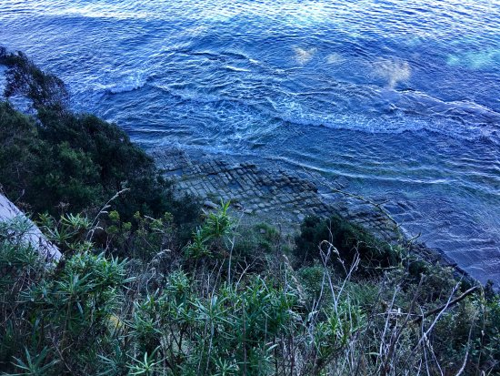 Eaglehawk Neck, Austrália: Tessellated pavement as tide comes in