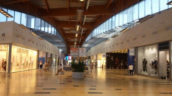 Centro Commerciale Il Borgogioioso