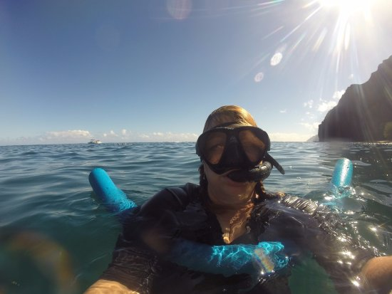Hanalei, HI: Yep - that's me with a noodle! Makes the snorkeling so much nicer :)